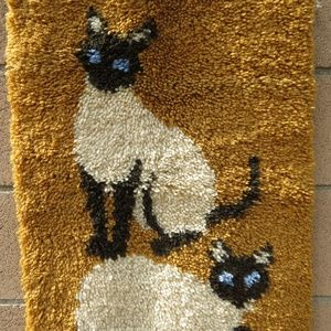 Other - VTG Siamese Cats Latch Hook Rug Handmade